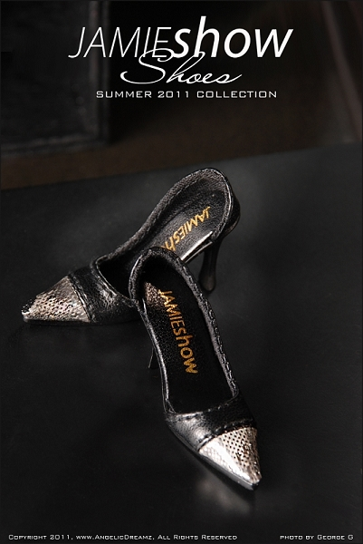 JAMIEshow Shoe Collection Black Silver Tip Pumps (for 16