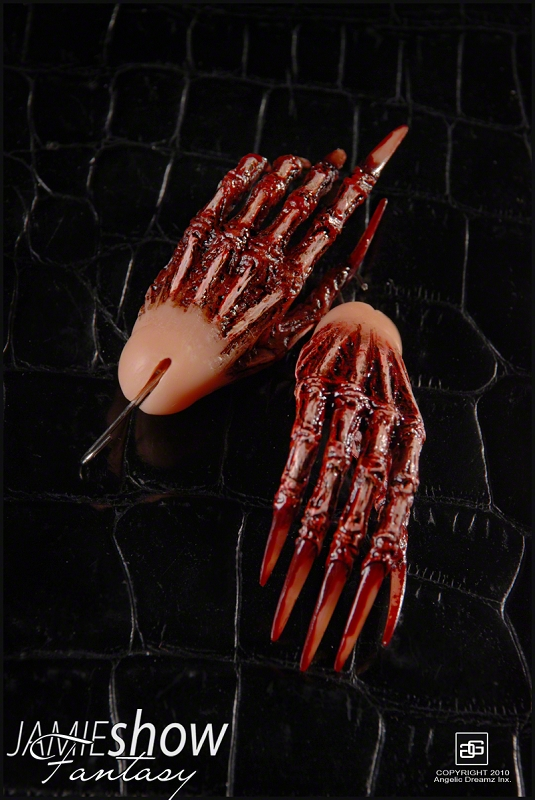 JAMIEshow Fantasy Collection Male Grimm Reaper Hands Only