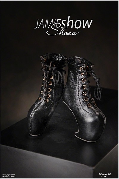 JAMIEshow Shoe Collection Black Leather Claw No Heel Shoes