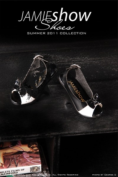 "JAMIEshow Shoe Collection Black with White Open Toe Shoes (for 16"" Doll)"