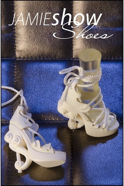 JAMIEshow, Studio J Collection, White High Heel Musical Shoes