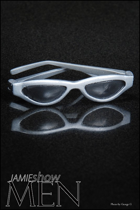 JAMIEshow Men or Womens Silver Sun Glasses